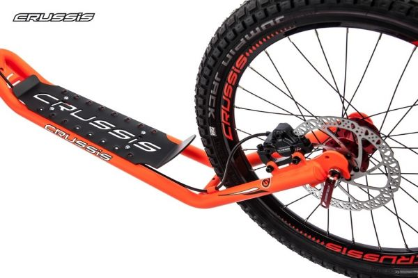 CRUSSIS Cross 6.1 Orange 26/20HD Tretroller