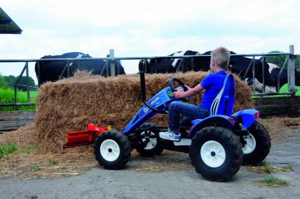 BERG Gokart New Holland BFR Traktor